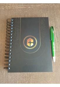Combo Caderno preto sem pauta+ Caneta verde